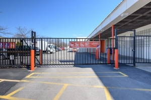 Image of Public Storage - Mount Prospect - 708 W Central Road Facility on 708 W Central Road  in Mount Prospect, IL - View 4