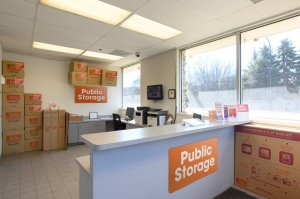 Image of Public Storage - Mount Prospect - 708 W Central Road Facility on 708 W Central Road  in Mount Prospect, IL - View 3