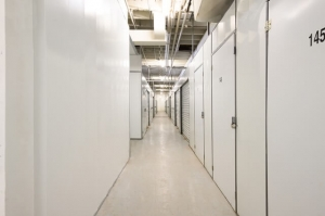 Image of Public Storage - Mount Prospect - 708 W Central Road Facility on 708 W Central Road  in Mount Prospect, IL - View 2