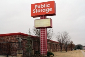 Public Storage - Edmond - 640 NW 164th St - Photo 1