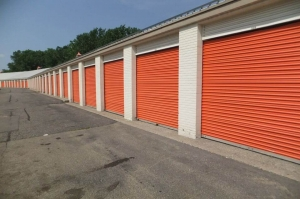 Image of Public Storage - Eagan - 3735 Sibley Memorial Hwy Facility on 3735 Sibley Memorial Hwy  in Eagan, MN - View 2