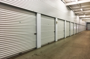 Image of Public Storage - Apple Valley - 7233 155th St W Facility on 7233 155th St W  in Apple Valley, MN - View 2