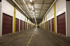 Image of Public Storage - Minneapolis - 3245 Hiawatha Ave S Facility on 3245 Hiawatha Ave S  in Minneapolis, MN - View 2
