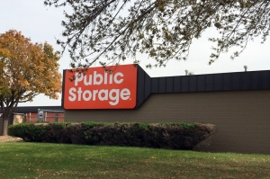 Image of Public Storage - Fridley - 5350 Industrial Blvd Facility at 5350 Industrial Blvd NE  Fridley, MN