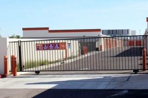 Image of Public Storage - Gilbert - 1515 N Greenfield Rd Facility on 1515 N Greenfield Rd  in Gilbert, AZ - View 4