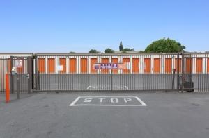 Image of Public Storage - Los Angeles - 4889 Valley Blvd Facility on 4889 Valley Blvd  in Los Angeles, CA - View 4