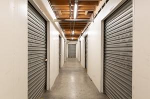 Image of Public Storage - Los Angeles - 1702 S San Pedro Street Facility on 1702 S San Pedro Street  in Los Angeles, CA - View 2