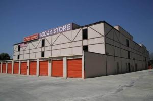 Image of Public Storage - Sunland - 10400 Sunland Blvd Facility on 10400 Sunland Blvd  in Sunland, CA - View 2