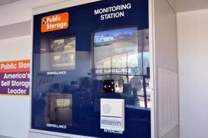 Image of Public Storage - Phoenix - 669 W Union Hills Dr Facility on 669 W Union Hills Dr  in Phoenix, AZ - View 4
