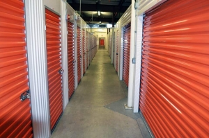 Image of Public Storage - Phoenix - 669 W Union Hills Dr Facility on 669 W Union Hills Dr  in Phoenix, AZ - View 2