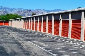 Image of Public Storage - Tucson - 9201 E Tanque Verde Rd Facility on 9201 E Tanque Verde Rd  in Tucson, AZ - View 2