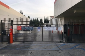 Public Storage - Canoga Park - 20140 Sherman Way - Photo 4