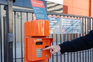Public Storage - Inglewood - 10100 S La Cienega Blvd - Photo 5