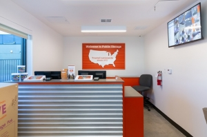 Image of Public Storage - Inglewood - 10100 S La Cienega Blvd Facility on 10100 S La Cienega Blvd  in Inglewood, CA - View 3