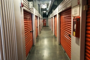 Public Storage - Pasadena - 2773 E Colorado Blvd - Photo 2