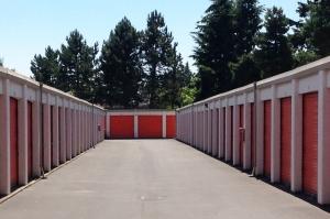Image of Public Storage - Vancouver - 9901 SE Mill Plain Blvd Facility on 9901 SE Mill Plain Blvd  in Vancouver, WA - View 2
