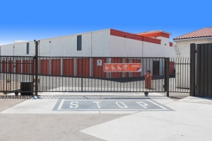 Image of Public Storage - Phoenix - 4725 N 43rd Ave Facility on 4725 N 43rd Ave  in Phoenix, AZ - View 4