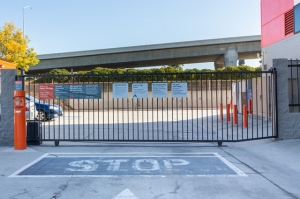 Public Storage - Lennox - 11102 S La Cienega Blvd - Photo 4