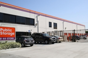 Public Storage - Los Angeles - 3770 Crenshaw Blvd - Photo 1