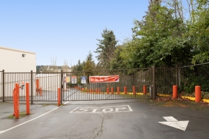 Image of Public Storage - Bellevue - 12465 Northup Way Facility on 12465 Northup Way  in Bellevue, WA - View 4
