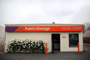 Image of Public Storage - Van Nuys - 7660 Balboa Blvd Facility at 7660 Balboa Blvd  Van Nuys, CA