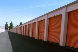 Image of Public Storage - Union City - 33476 Alvarado Niles Road Facility on 33476 Alvarado Niles Road  in Union City, CA - View 2
