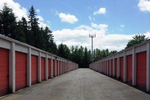 Image of Public Storage - Gresham - 2600 NW Burnside Court Facility on 2600 NW Burnside Court  in Gresham, OR - View 2
