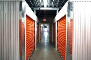 Image of Public Storage - Los Angeles - 3636 Beverly Blvd Facility on 3636 Beverly Blvd  in Los Angeles, CA - View 2