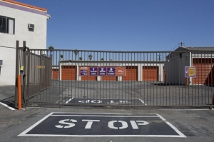 Public Storage - Corona - 1510 Pomona Road - Photo 4