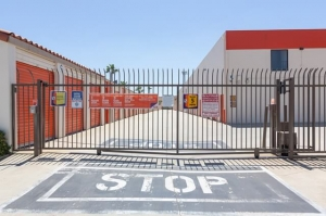Image of Public Storage - Duarte - 2340 Central Ave Facility on 2340 Central Ave  in Duarte, CA - View 4