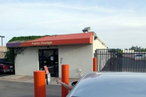 Public Storage - Scottsdale - 8615 E McDowell Rd - Photo 5