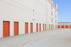 Picture of Public Storage - Los Angeles - 1747 N Eastern Ave