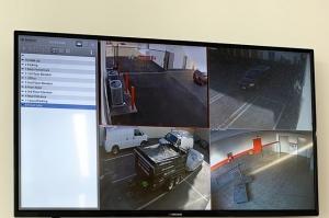 Image of Public Storage - Sherman Oaks - 4610 Van Nuys Blvd Facility on 4610 Van Nuys Blvd  in Sherman Oaks, CA - View 4