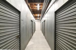 Public Storage - Los Angeles - 6007 Venice Blvd - Photo 2