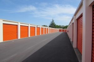 Picture 1 of Public Storage - San Jose - 1685 Aborn Road - FindStorageFast.com