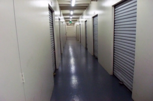Image of Public Storage - Mountain View - 830 N Rengstorff Ave Facility on 830 N Rengstorff Ave  in Mountain View, CA - View 2
