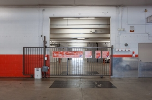 Public Storage - West Hollywood - 6801 Santa Monica Blvd - Photo 4