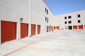 Public Storage - San Diego - 984 Sherman Street - Photo 2