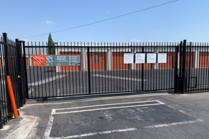 Image of Public Storage - Wilmington - 501 E Pacific Coast Hwy Facility on 501 E Pacific Coast Hwy  in Wilmington, CA - View 4