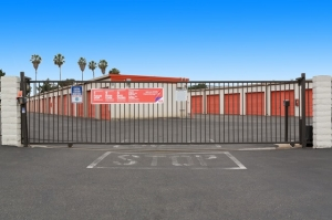 Image of Public Storage - Tustin - 14861 Franklin Ave Facility on 14861 Franklin Ave  in Tustin, CA - View 4
