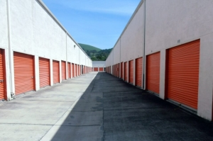 Image of Public Storage - Hayward - 29824 Mission Blvd Facility on 29824 Mission Blvd  in Hayward, CA - View 2