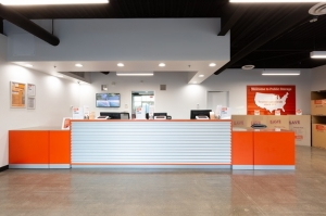 Public Storage - Santa Ana - 2200 E McFadden Ave - Photo 3