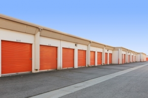 Public Storage - Santa Ana - 2200 E McFadden Ave - Photo 2