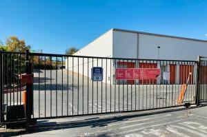 Image of Public Storage - Sacramento - 6433 Verner Ave Facility on 6433 Verner Ave  in Sacramento, CA - View 4