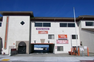 Public Storage - Daly City - 6676 Mission Street