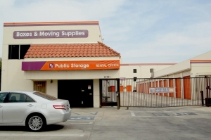 Image of Public Storage - Canoga Park - 21321 Vanowen St Facility at 21321 Vanowen St  Canoga Park, CA