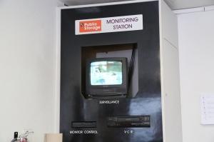 Image of Public Storage - Canoga Park - 21321 Vanowen St Facility on 21321 Vanowen St  in Canoga Park, CA - View 4