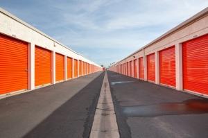 Public Storage - Costa Mesa - 1725 Pomona Ave - Photo 2