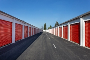 Image of Public Storage - Santa Clara - 630 Laurelwood Road Facility on 630 Laurelwood Road  in Santa Clara, CA - View 2