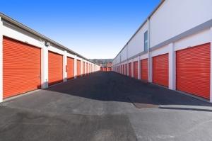 Image of Public Storage - South San Francisco - 160 S Spruce Ave Facility on 160 S Spruce Ave  in South San Francisco, CA - View 2